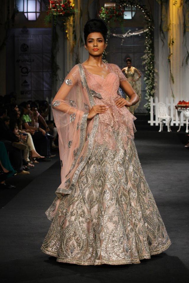 Scarlet Bindi - South Asian Fashion: Aamby Valley Fashion Week 2012, Day 4: AZVA and Shantanu & Nikhil