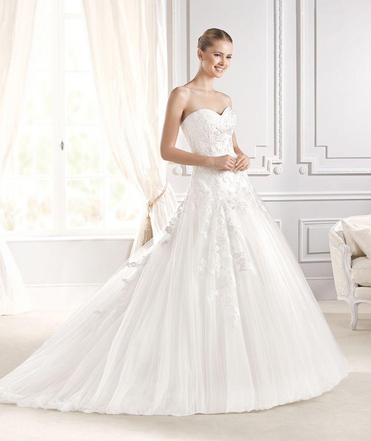Superb ILARIA wedding dress from the Glamour La Sposa collection La Sposa Barcelona