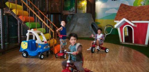 Indoor FUN, play, play, play at Miniapolis, Kuta, Bali At beachwalk Mall pantai Kuta  www.travelling-bali.com