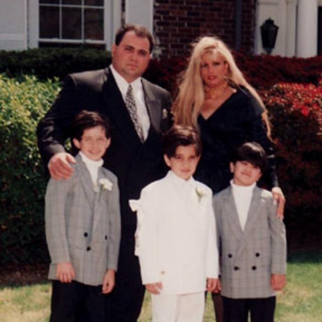 And Wedding John Gotti Victoria