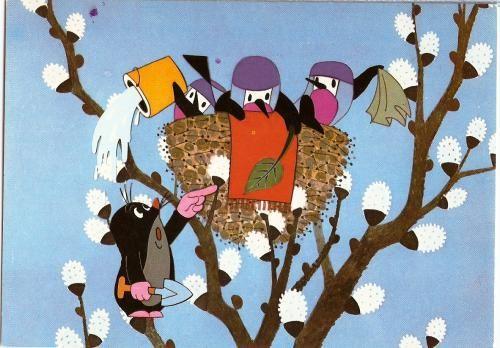 (2014-10) Fugleungen hælder vand i hovedet på muldvarpen