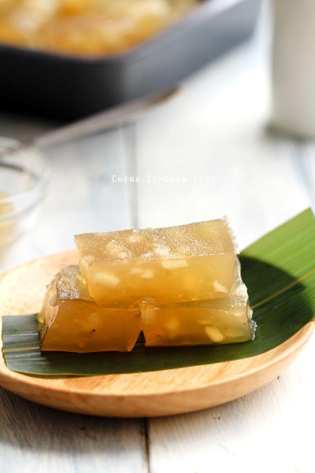 Water chestnut cake - traditional Chinese dim sum dessert
