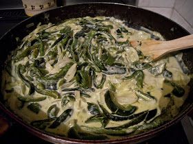 RECETAS MAGICAS DE COCINA: Rajas con crema ( maybe sub the crema for some greek yogurt n sub a few other things make it a,bit healthier)