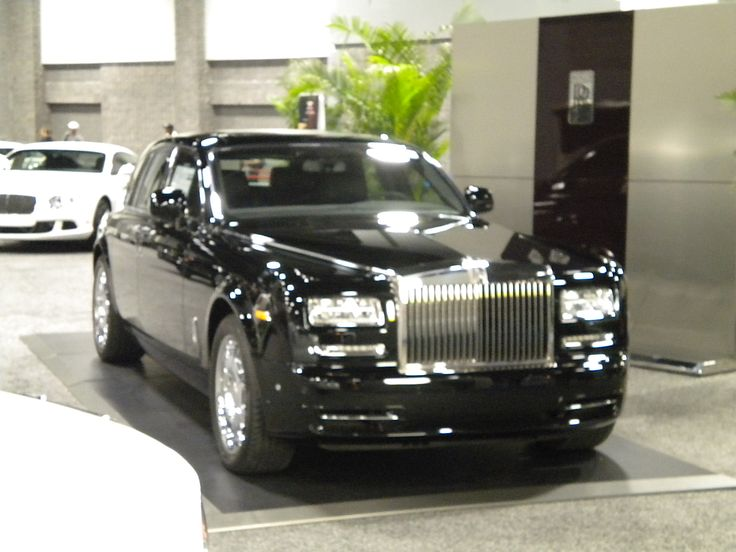 Rolls ROYCE...Below My Offc Bldng