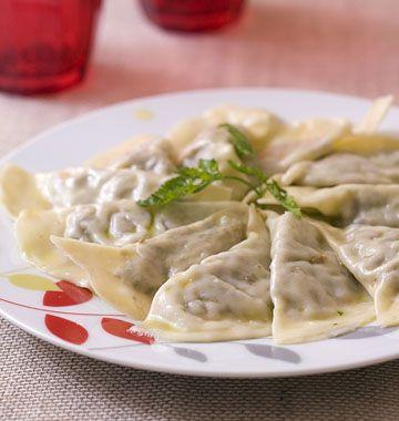 Raviolis aux champignons et aux noix, la recette d'Ôdélices : retrouvez les ingrédients, la préparation, des recettes similaires et des photos qui donnent envie !