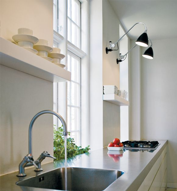 Bestlite BL6 Wall-lamp task lighting in the kitchen