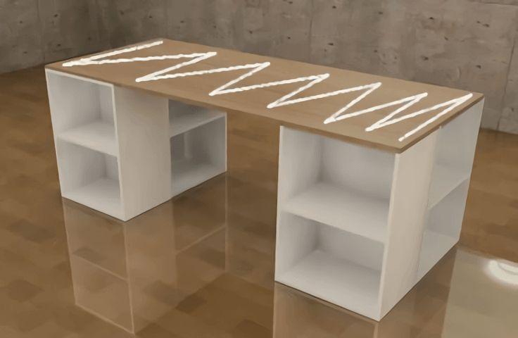 カラーボックスを使った机・デスクの作り方をご紹介します。 これ以外と便利だと思います。カラーボックスの上にある程度の天板を置いてるだけなので、移動させるのも楽ですし、机がいらなくなったらカラーボックスとして使えたりできま …