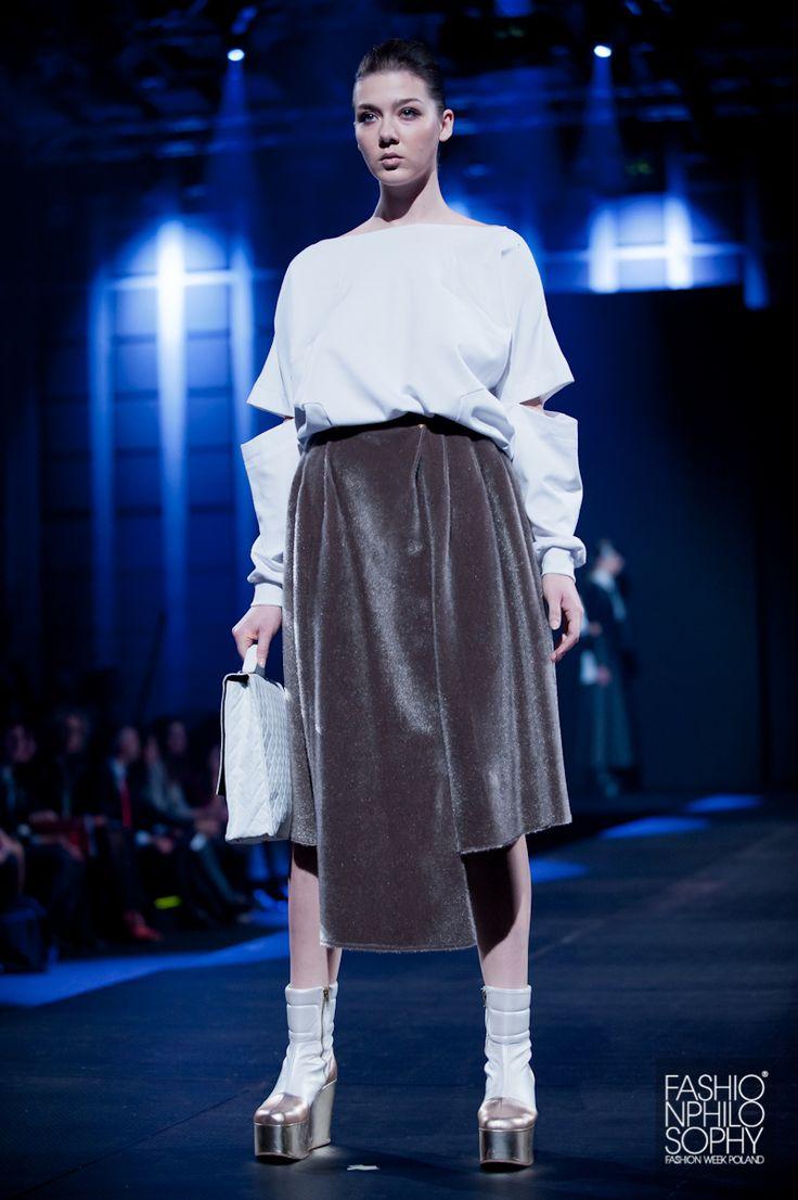 GROMADZIŃSKA /fot. Łukasz Szeląg / #GalaAbsolwentów2013 #ASP #FashionWeekPoland #Lodz #FashionPhilosophy #FashionDesigners