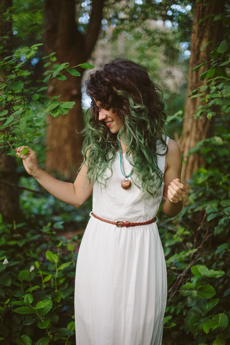 Can we take a moment to adore Liz from Delightfully Tacky's amazing green hair?!