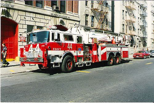 https://flic.kr/p/69HCQr | FDNY Tower Ladder 44 S Bronx NY | FDNY Tower Ladder 44. Mack CF  South  Bronx NY.1995. Photo by Tony Greco