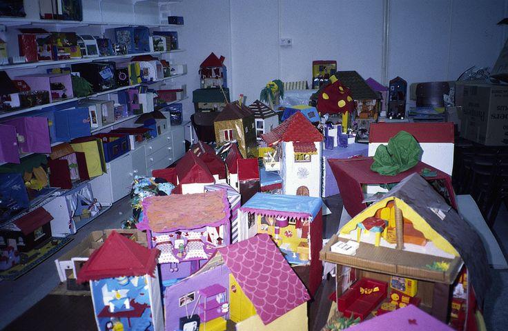 Κατοικίες, μικτά υλικά. Houses, mixed materials. All rights reserved.