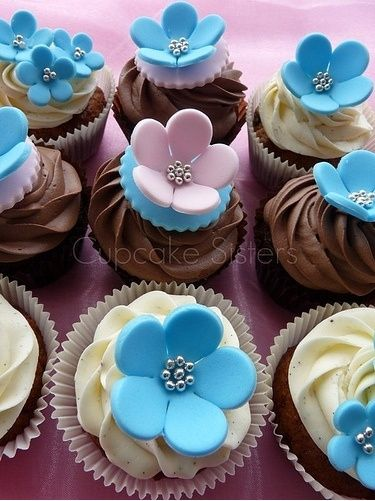 why do we cut wedding cake together best 25 blue wedding cupcakes ideas on 27462