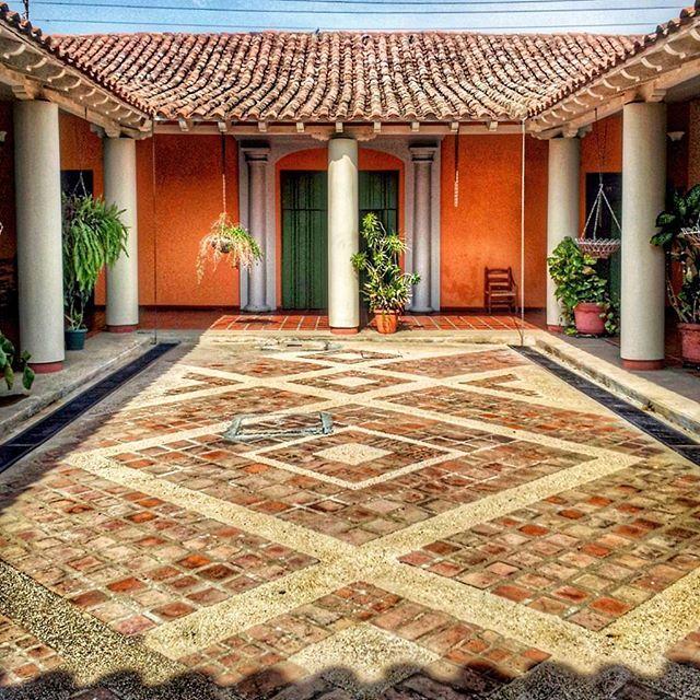 LA CASA COLONIAL HOTEL ESCUELA TODARIQUIBA CORO ESTADO FALCON VENEZUELA…