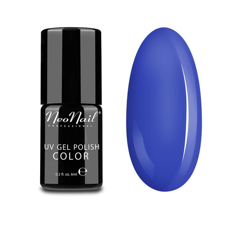 Water Iris to mieszanka dwóch wyrazistych kolorów: fioletu oraz niebieskiego. Ten wręcz hipnotyzujący, wiosenny odcień o lekko pastelowym zabarwieniu będzie idealną propozycją dla kobiet szukających subtelnych barw na wiosnę.