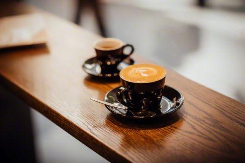 Если хотите жить долго и не болеть, старайтесь приправлять обед острым перцем, замените в своём рационе картофель цветной капустой, и не бойтесь пить кофе.  Современные методы медицинской статистики позволяют оценить влияние самых разных факторов на ...   #Likada #PRO #News | #новости
