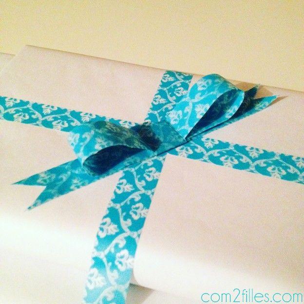 les 25 meilleures id es concernant boucles emballage de cadeau sur pinterest n ud en rubans. Black Bedroom Furniture Sets. Home Design Ideas