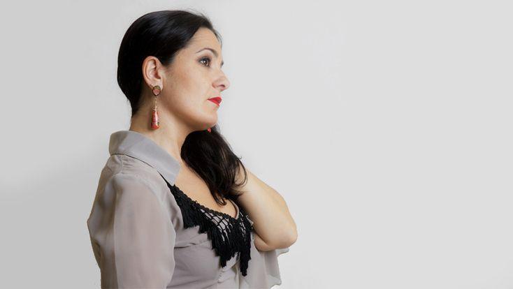 El cante flamenco de Alba Guerrero en su nuevo disco Seda y Esparto. La noticia en AIREFLAMENCO.com