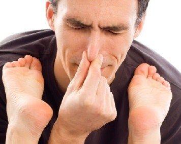 http://www.sehatdancantik.abatasa.co.id/post/detail/35460/tips-mengatasi-bau-kaki-secara-alami.html