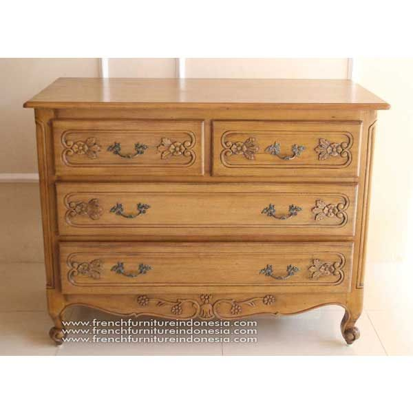Buy Moustier chest from Antique Reproduction Furniture. We are reproduction furniture 100% export Furniture manufacturer with french furniture style and good quality finish. This Bedside is made from mahogany wood with good quality and treatment process and the design has a strong contruction, suitable to your bedroom. #WholesaleFurniture #IndonesiaFurniture #GalleryFurniture #JeparaFurniture #ReproductionFurniture