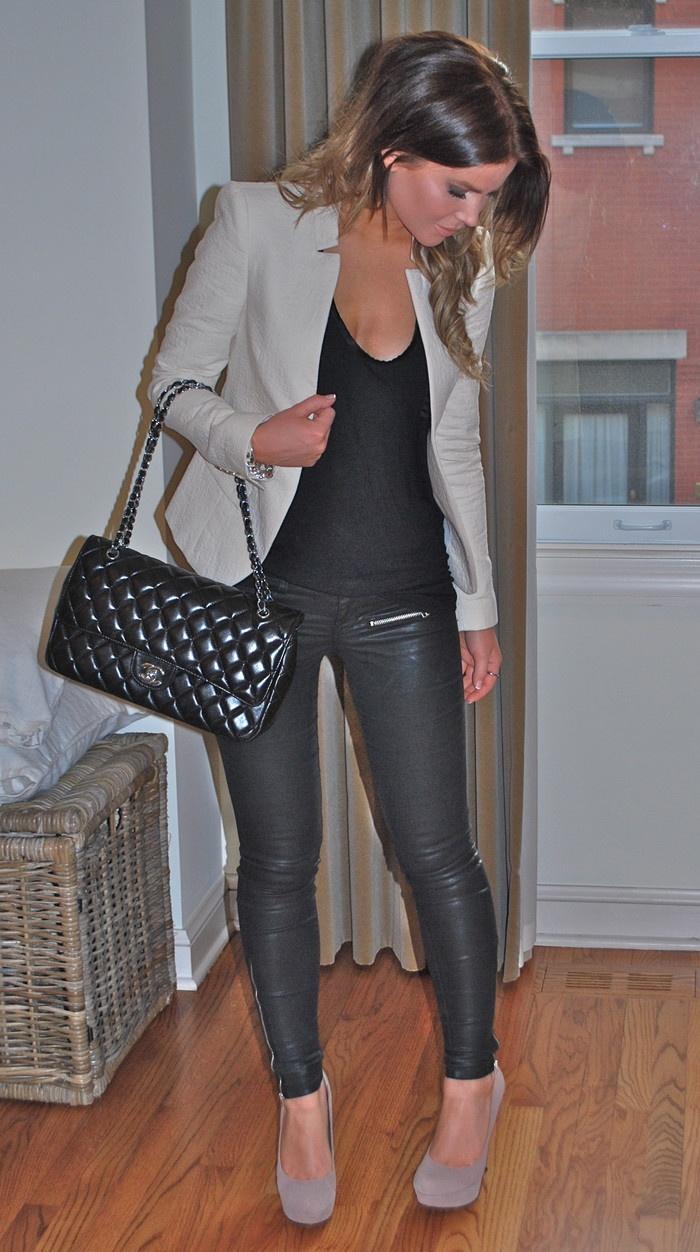 Beige blazer + black tee + black pants + nude pumps