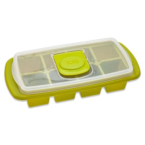 The Joie Extra Large Ice Cube Tray makes extra-large ice cubes for an extra-cool drink. It includes a non-spill top with tab that lets you flip and fill for minimal messes. Tray is odor-free and BPA-free.