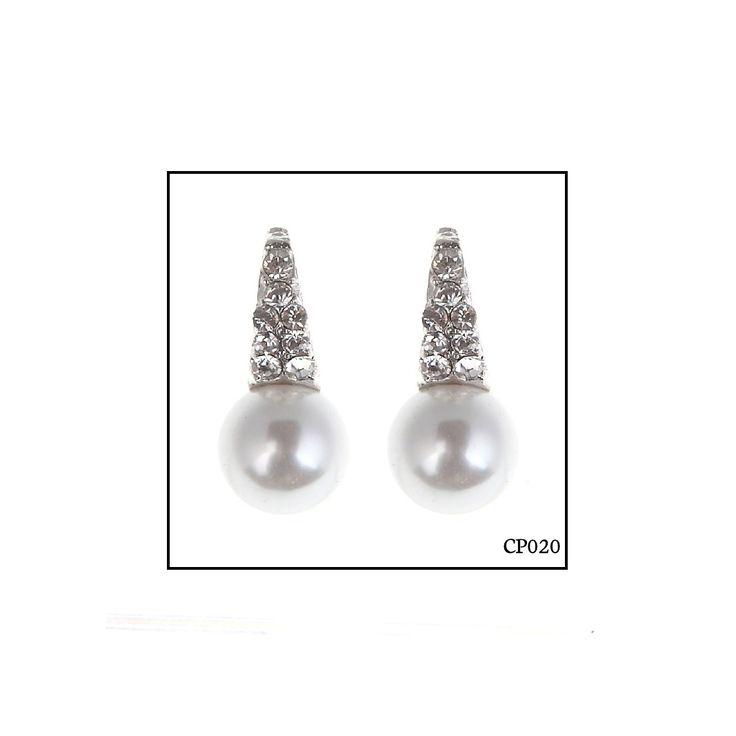 Ref: CP020 Medidas: 1.8 cm 0.9 cm So Oh: 4.99 🌱#sooh_store #onlinestore #pearls #style #brincos #earrings #fashion #shoponline
