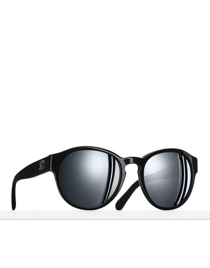 The latest Eyewear collections on the CHANEL official website PANTOS