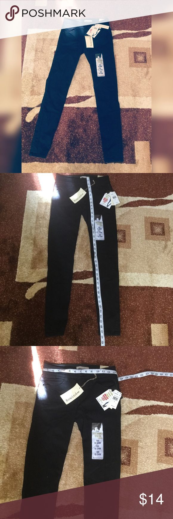 Rewind Women Pants -New with Tag and in Great Condition - Butt lift  - soft  - stretchable from the waist -size 0/24W Rewind Pants