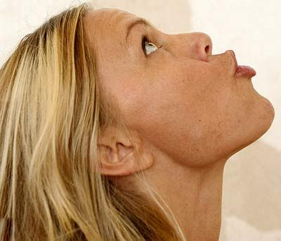 face yoga... I'm going to look ridiculous doing this but no double chin will be worth it!