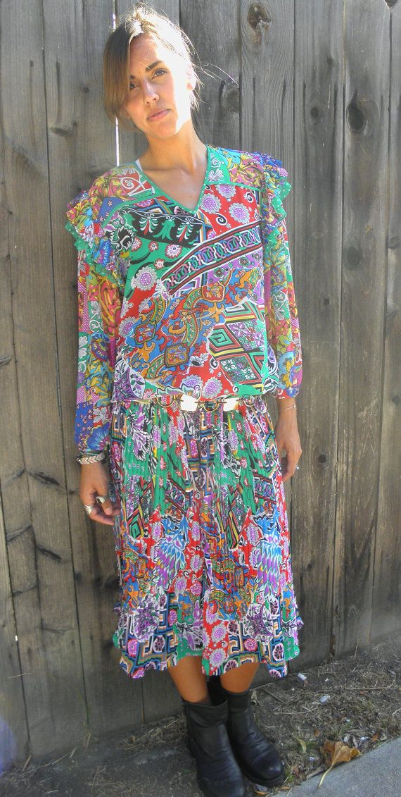 Printed 1970s Pleated Mid-Length Maxi Dress