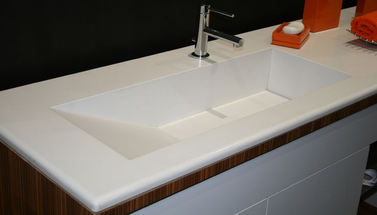 Caesarstone blizzard countertop quartz countertop for Quartz integrated sink