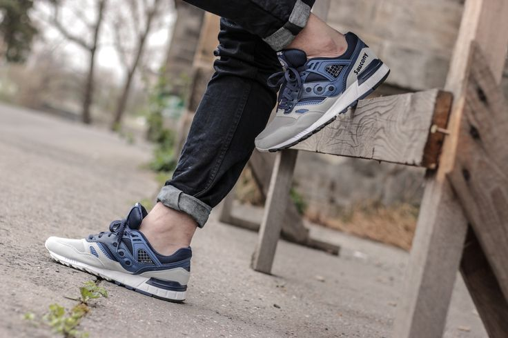 Man with a taste.  Saucony Grid SD Blue/ Grey: http://www.footshop.eu/en/mens-shoes/7418-saucony-grid-sd-blue-grey.html  #saucony #footshop