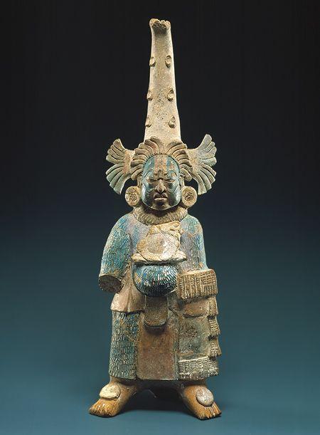 Figura Costumed [México; Maya], s. VII-VIII, cerámica, pigmentos (1979.206.953)   Heilbrunn Cronología de la Historia del Arte   El Museo Metropolitano de Arte