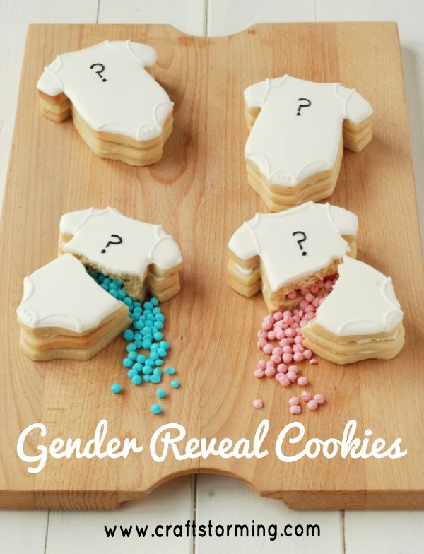 Baby Shower Gender Reveal Cookies.  Click www.faveed.com for more craft ideas!
