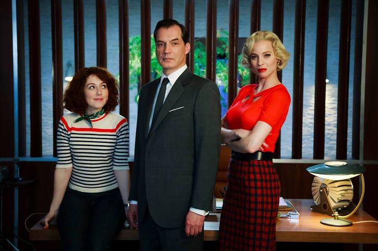 Alice Avril, Le Commissaire Laurence et Marlène, sa secrétaire, Les Petits Meurtres d'Agatha Christie
