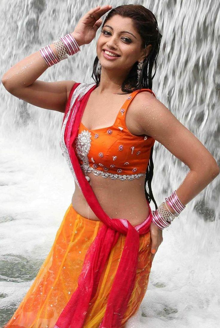Akanksha-Puri-Hot-Navel-Show-Images-2.jpg (959×1431)