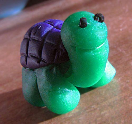 Żółwik z modeliny by Finka