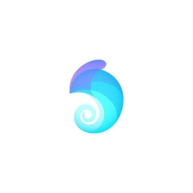 Chameleon by Ivan Bobrov @bigoodis - LEARN LOGO DESIGN @learnlogodesign @learnlogodesign - Want to be featured next? Follow us and tag #logoinspirations in your post