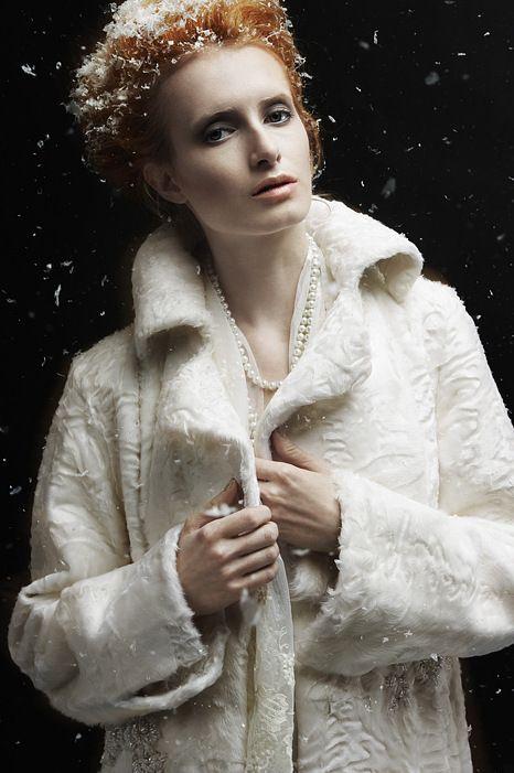 """Купить """"Мельпомена"""" шубка - белый, свакара, каракульча, Меховое пальто, мех, шуба, mexdizain"""