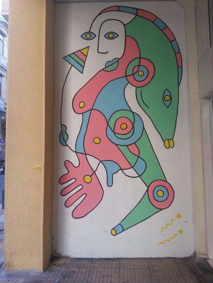 τέχνη στους δρόμους... Beautiful art in Athens streets!  More Athens streetart info in our special dedicated article: http://www.omilo.com/graffiti-and-street-art-in-greece/