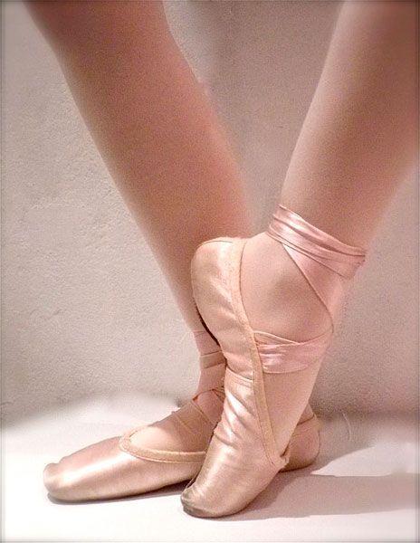 ICI COMPAREZ les MEILLEURS COURS DE DANSE CLASSIQUE PARIS, Adulte, débutant, enfants, stage, studio, des COURS de DANSE CLASSIQUE PARIS, ballet, danseuse