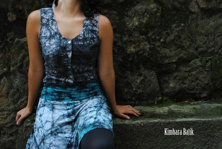 Esqueleto y falda pintados a mano en 100% algodón con la técnica del batik. Diseños exclusivos!!!