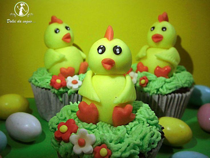 Cupcake con pulcino in pasta di zucchero Silikomart per il tutorial clicca sul link  http://blog.giallozafferano.it/mieidolcidasogno/?p=1235=true