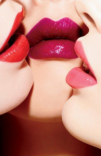 M·A·C 'Huggable' Lipcolour. Gel base with a creamy and long-wearing with a shiny finish.