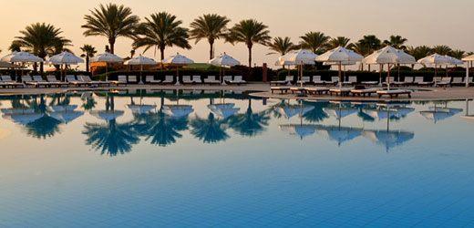 Baron Resort ~ Amisol Travel Hotelområdets smukke omgivelser med de små gangstier, der omkranser hotellet, er virkeligt imponerende.