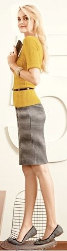 mustard + houndstooth, it made a great conference outfit