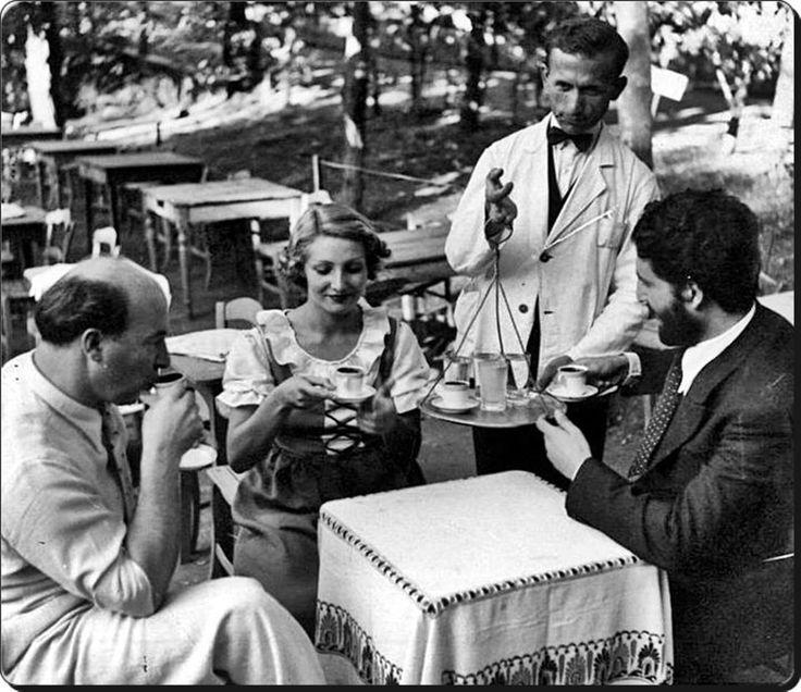 Cahide Sonku, Muhsin Ertuğrul  Burgazada / Cennet bahçesi - 1950'ler