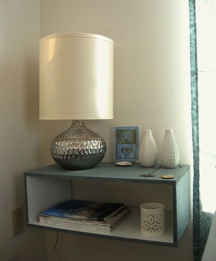 17 best ideas about floating nightstand on pinterest for Diy small nightstand