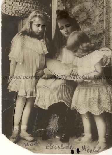 BU-F-01073-5-02316 Principesa Marioara, principesa Elisabeta, principele Nicolae, 1908 (niv.Document)