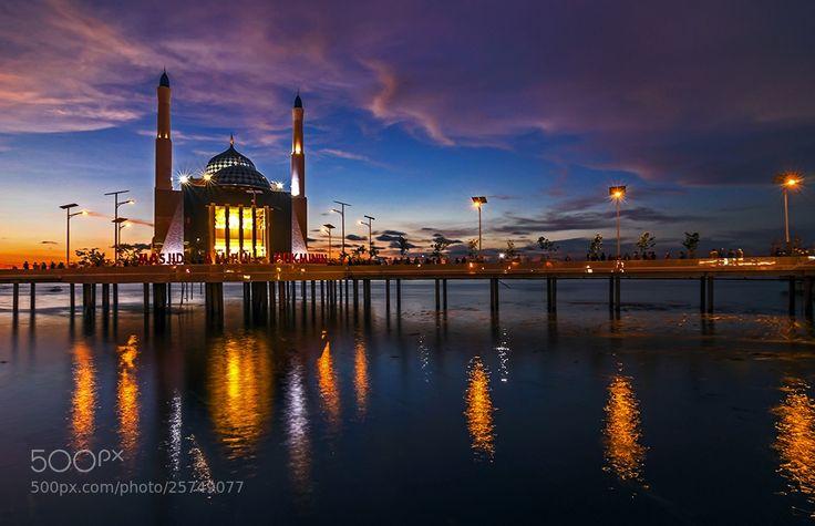 Amirul Mukminin Floating Mosque, Makassar, Indonesia